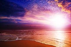 Puesta del sol asombrosa Fotografía de archivo