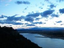 Puesta del sol azul brillante Imagen de archivo libre de regalías