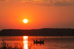 Puesta del sol Barco Fotos de archivo libres de regalías
