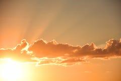 Puesta del sol celeste hermosa Imagen de archivo