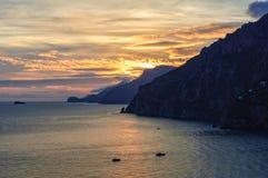 Puesta del sol cerca de Positano Fotografía de archivo
