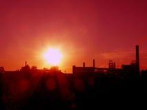 Puesta del sol cerca los míos Imagen de archivo