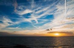 Puesta del sol colorida Imágenes de archivo libres de regalías