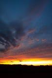 Puesta del sol colorida de Kansas foto de archivo