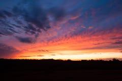 Puesta del sol colorida de Kansas imagen de archivo