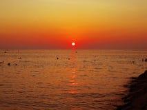 Puesta del sol colorida de Maldivas Foto de archivo