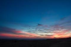 Puesta del sol colorida maravillosa Fotografía de archivo libre de regalías