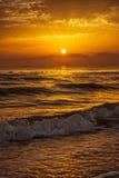 Puesta del sol con el barco Imagen de archivo
