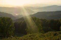 Puesta del sol con el rayo Fotografía de archivo