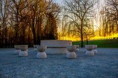 Puesta del sol con la tabla de silencio Fotografía de archivo libre de regalías