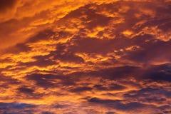 Puesta del sol con las nubes Fotografía de archivo libre de regalías