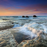 Puesta del sol costera del paisaje Fotos de archivo libres de regalías