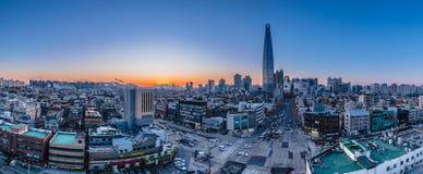 Puesta del sol crepuscular en el río Han Seul Corea Imágenes de archivo libres de regalías