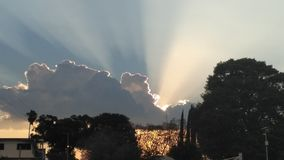 Puesta del sol de Beautifull imagen de archivo