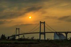 Puesta del sol de Brigde Foto de archivo