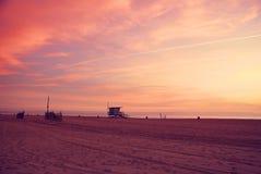 Puesta del sol de California de la playa de Venecia imagen de archivo libre de regalías
