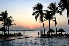 Puesta del sol de Cancun México Imagen de archivo