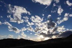 Puesta del sol de Cloudful Fotos de archivo libres de regalías