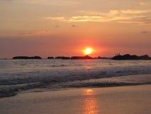 Puesta del sol de Costa Rica Foto de archivo libre de regalías