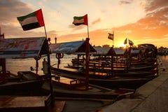 Puesta del sol de Dubai Creek Imágenes de archivo libres de regalías