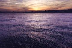 Puesta del sol de Estambul Imágenes de archivo libres de regalías