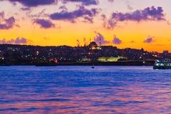 Puesta del sol de Estambul Turquía imagen de archivo