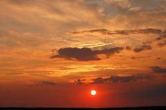 Puesta del sol de fascinación Foto de archivo libre de regalías
