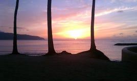 Puesta del sol de Hawaii Imagenes de archivo