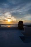 Puesta del sol de Imerovigli, Santorini, Grecia Foto de archivo