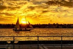 Puesta del sol de Key West de Mallory Square imágenes de archivo libres de regalías