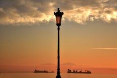Puesta del sol de la avenida de Nikis Imágenes de archivo libres de regalías