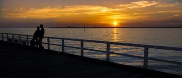 Puesta del sol de la bahía de Melbourne Imagen de archivo libre de regalías