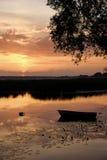 Puesta del sol de la batería de río fotografía de archivo