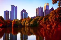 Puesta del sol de la caída en el Midtown Atlanta, GA Imagen de archivo libre de regalías
