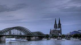 Puesta del sol de la catedral de Colonia
