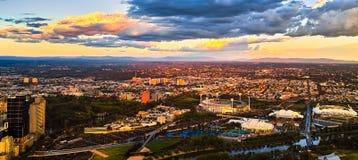 Puesta del sol de la ciudad de Melbourne Fotos de archivo libres de regalías