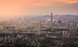 Puesta del sol de la ciudad de Seul, Corea del Sur Foto de archivo libre de regalías