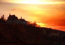 Puesta del sol de la iglesia imagenes de archivo