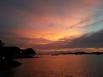 Puesta del sol de la isla Fotografía de archivo libre de regalías