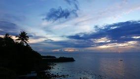 Puesta del sol de la isla de Camiguin metrajes