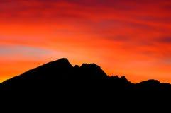 Puesta del sol de la montaña Fotografía de archivo libre de regalías