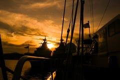 Puesta del sol de la nave Imágenes de archivo libres de regalías