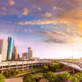 Puesta del sol de la opinión de Houston Skyline North en Tejas los E.E.U.U. Foto de archivo