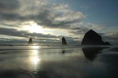 Puesta del sol de la playa Imágenes de archivo libres de regalías