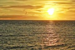 Puesta del sol de la playa Fotografía de archivo libre de regalías