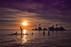 Puesta del sol 4 de la playa de Boracay Imagenes de archivo