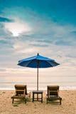 Puesta del sol de la playa del día de fiesta Imagen de archivo