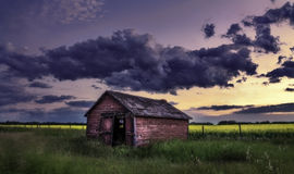 Puesta del sol de la pradera Imagenes de archivo