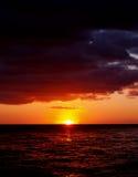 puesta del sol de la sangre Imágenes de archivo libres de regalías