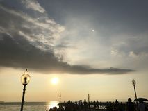 Puesta del sol de la tarde fotografía de archivo